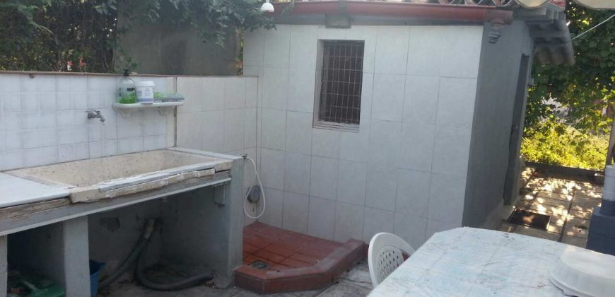 ID 858 Kъща с двор в Неа Ираклия, Халкидики