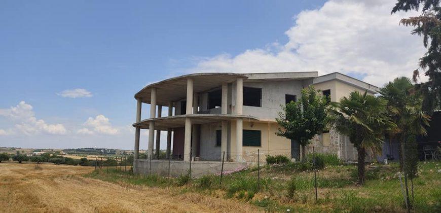 ID 866 Готова на груб строеж къща в Епаноми. 400м. надм. височина, уникална панорама.