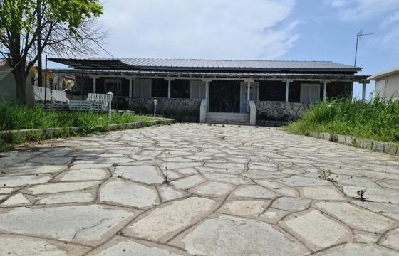 ID860 Къща 143м2 във Вергиа, Халкидики, двор 680м2, 500 м от морето