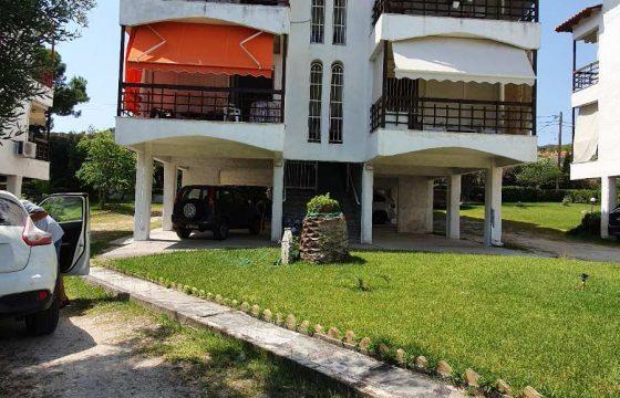 BO_4 Луксозен апартамент в Ханиоти, Халкидики