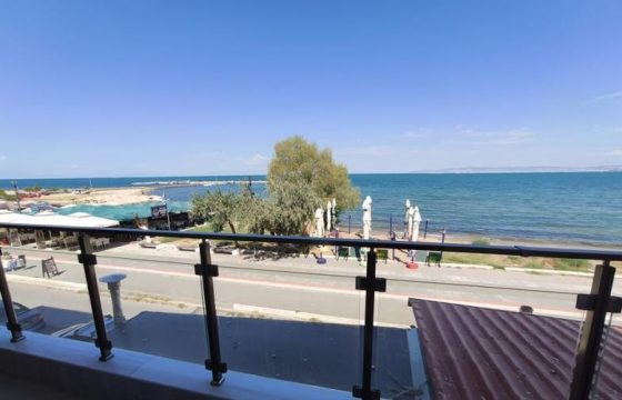 ID 892 Апартаменти на първа линия от морето в Неи Епиватес (Νέοι Επιβάτες (Θερμαϊκός))